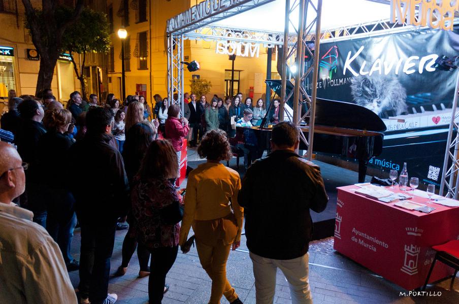 II Concurso Internacional de Piano Clamo Music Pianos en la calle Murcia Klavier